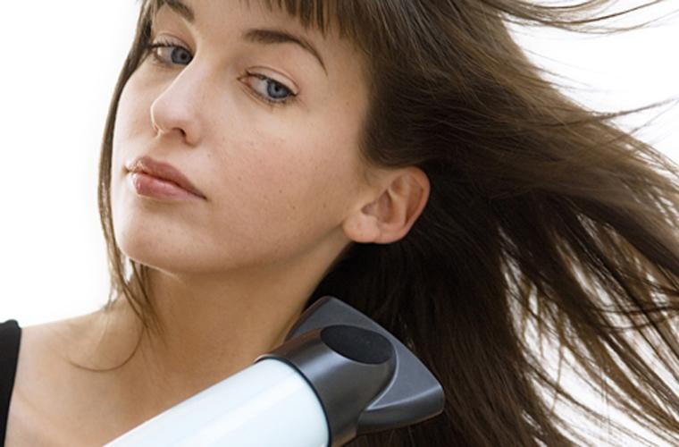 Sấy Turbo làm tăng công suất cho máy sấy khiến cho luồng gió thổi ra mạnh hơn