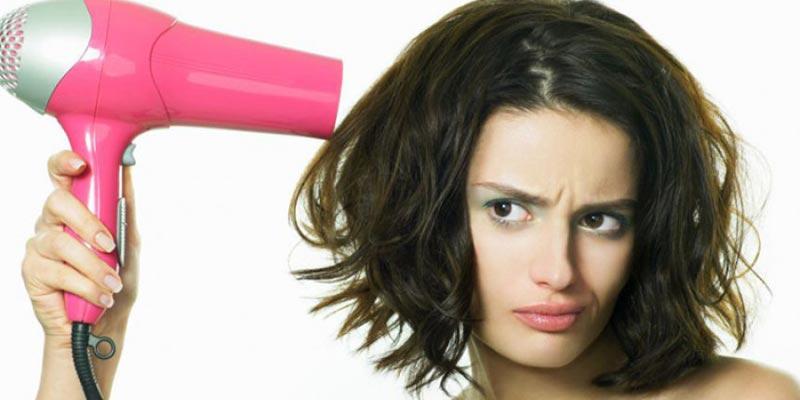 Sử dụng máy sấy tóc đúng cách giúp mái tóc luôn bóng khỏe