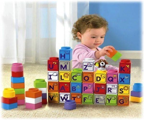 Đồ chơi là công cụ giúp bé học hỏi và trưởng thành