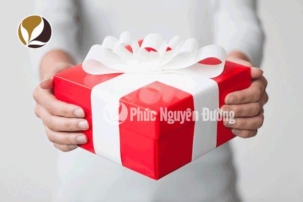 Bật mí cách chọn mua quà biếu dịp tết khiến người nhận hài lòng