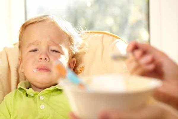Bệnh trào ngược dạ dày thực quản ở trẻ em nỗi sợ hãi của cha mẹ