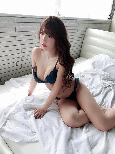 Nữ diễn viên JAV Mikami Yua
